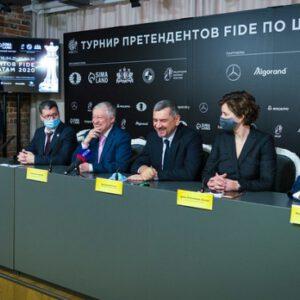 Pressekonferenz vor der Wiederaufnahme des FIDE-Kandidatenturniers