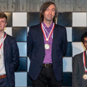 Gata Kamsky gewinnt das 54. Bieler Schachfestival!