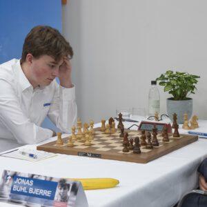 Spannende Remispartien in Runde 2 des TePe Sigeman & Co Chess Tournament